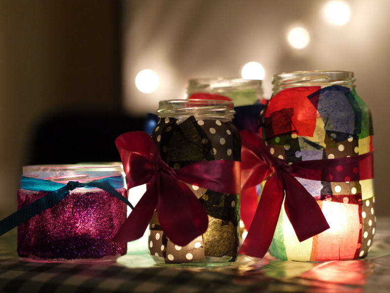 How to make jam jars into christmas candle holders