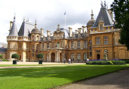 whaddesdon Manor, view of